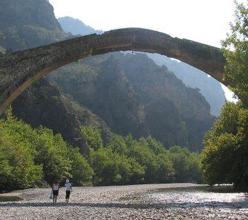 Мостът Коница, Гърция