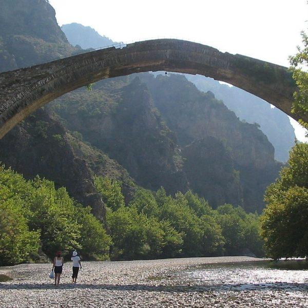 Моста Коница в Гърция