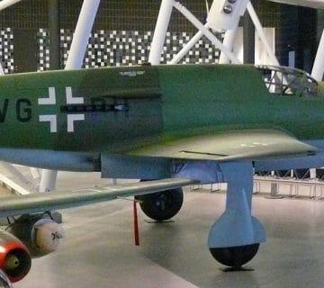 Тежкият скоростен изтребител Dornier Do 335