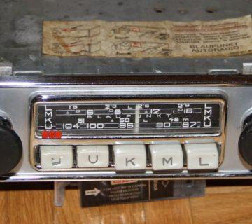 Първото радио за кола