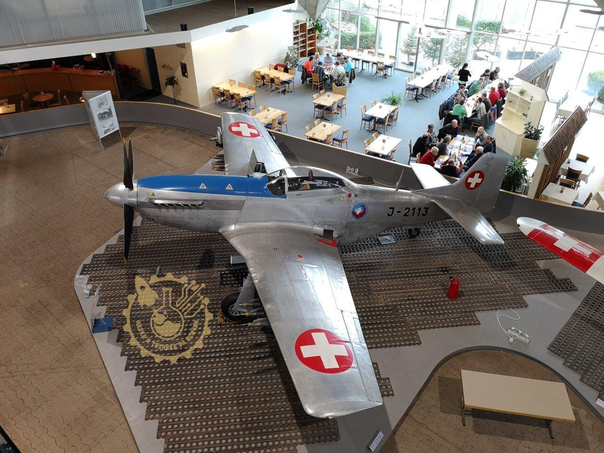Mustang P-51 D швейцарски ВВС