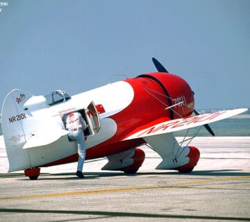 Състезателен самолет Gee Bee