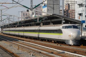 Влакът Шинкансен - нулевата серия