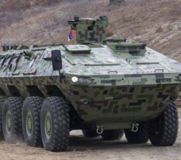 Сръбският бронетранспортьор Лазар 3